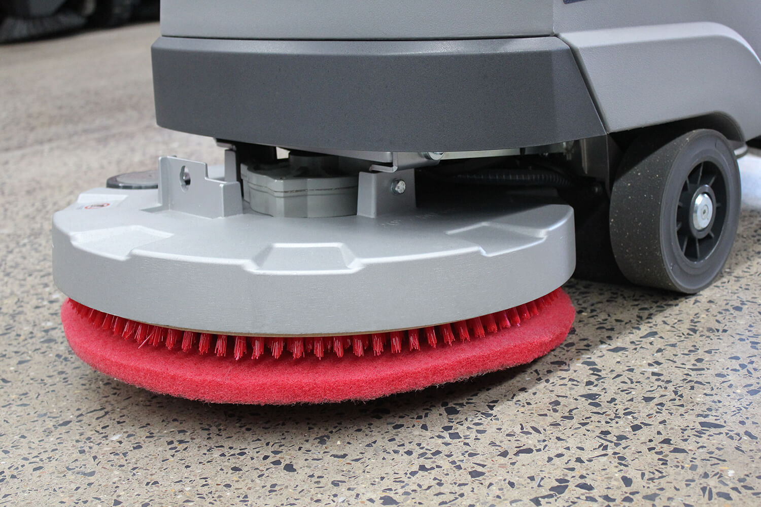 500RSX Scrubber Pad Holder with Red Pad