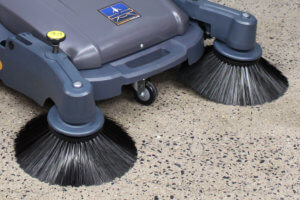 950MS Manual Sweeper Front Brooms
